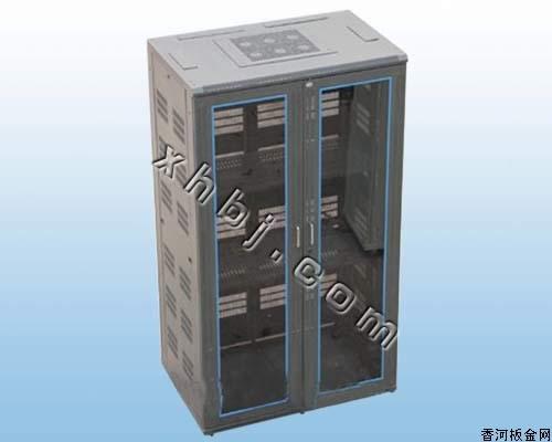 香河板金网提供生产加宽型服务器机柜厂家