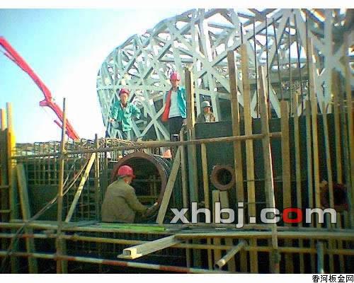 香河板金网提供生产通风管道厂家