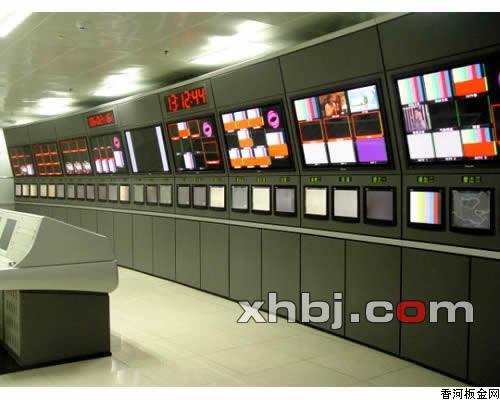 香河板金网提供生产通用电视墙厂家