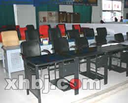电脑桌椅图片