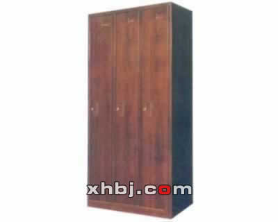 木纹三门更衣柜